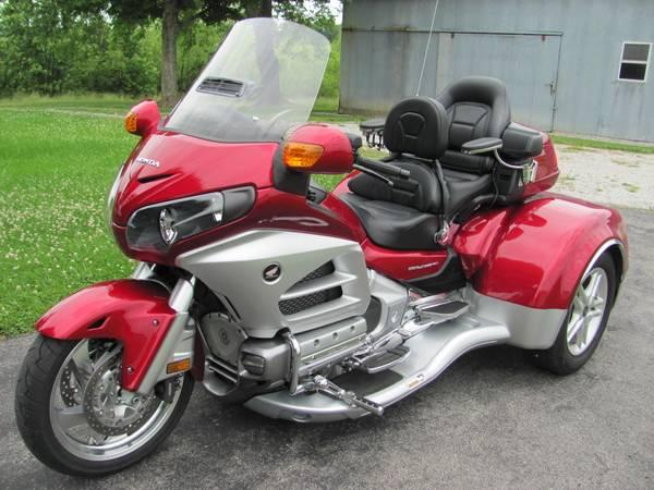 Photo 2012 Honda Goldwing GL1800 CSC Trike - $27,999 (Leitchfield)
