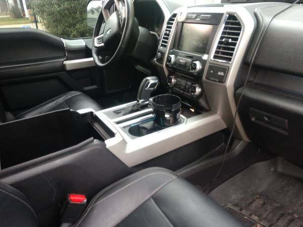 Photo 2015 Ford f150 lariat - $35,000 (Newburgh)