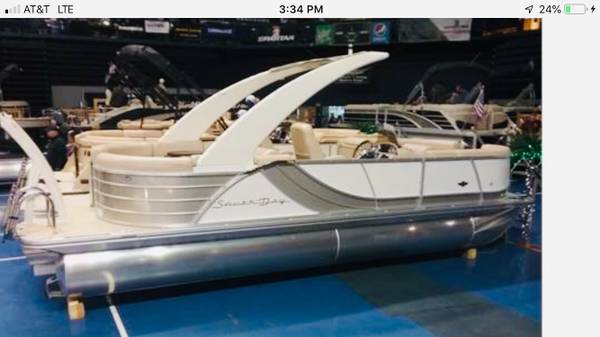 Photo 2019 South Bay tritoon - $74600