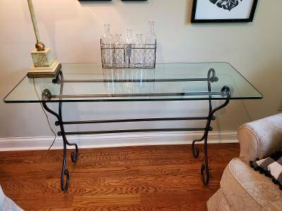 Photo 3 piece glass top living room table grouping - $150 (Evansville)