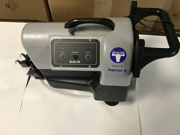 Photo Blue Ox Tow Bar and Patriot brake system - $1200 (Dubois)