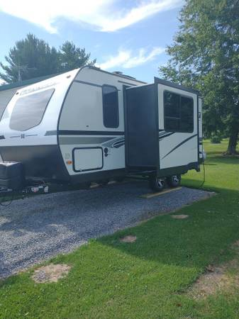 Photo Cer - KZ Connect NEVER USED - $22,500 (Mount Vernon)