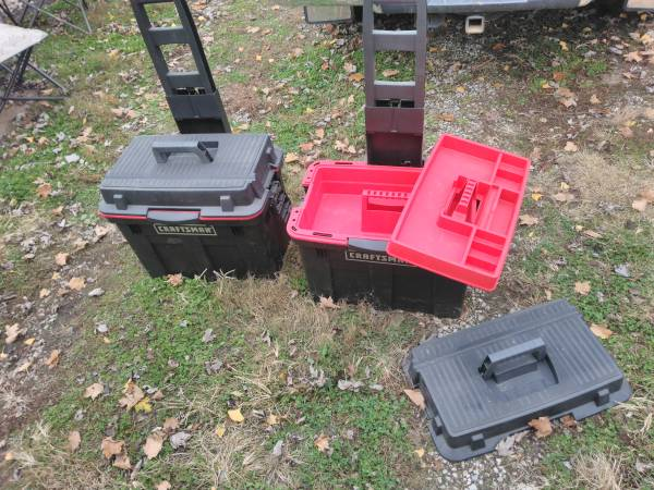 Photo Craftsman pull Tool boxes - $50 (Evansville)