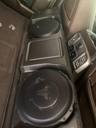 Photo JL Audio Stealhbox  Amps - $2,000 (West evansville)