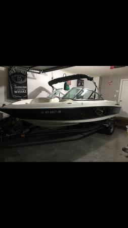 Photo Maxum 18.5 foot boat - Really nice - $11,200 (Louisville)