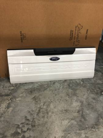 Photo New 2020 Ford Super Duty Truck White Tailgate F250 F350 Pickup NOS - $650 (Evansville)