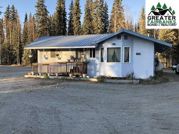 Photo 1 bed, 1 bath Home on 3.55 Acres consisting of 3 lots- 1201 Ladessa Rd (North Pole, AK 99705)