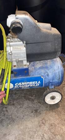 Photo Air compressor air wrench - $100 (Fairbanks)