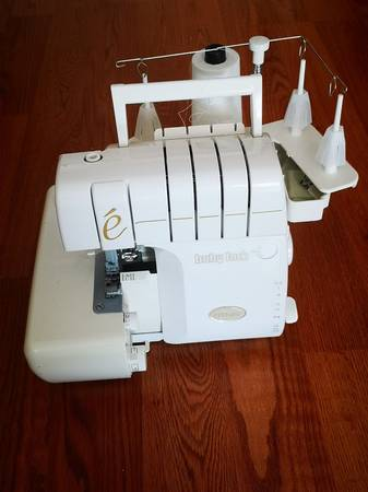 Photo Babylock Imagine Jet-Air Professional Threading Serger BLE1AT - $500 (Anchorage)