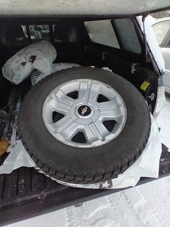Photo Chevy 1500 OEM Aluminum Wheels With Blizzak Tiers - $800 (Fairbanks)