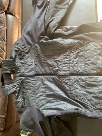 Photo Columbia jacket large - $10 (Fairbanks)