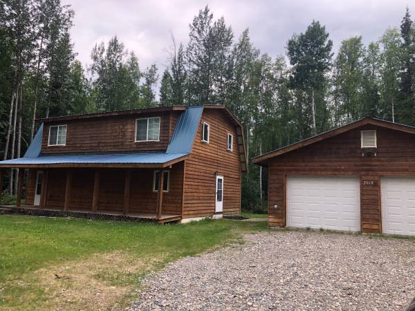 Photo Country Style Home 3 bed  2 bath  2 car garage- 2460 Sharptail Court (North Pole, AK 99705)
