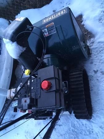 Photo Craftsman Snowblower (Anchorage)