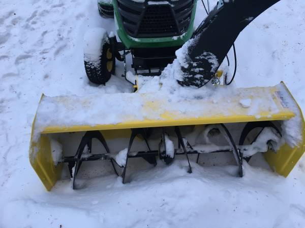 Photo John Deere Snowblower - $1,600 (Fairbanks)