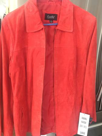 Photo Several leather jackets size M - $50 (Fairbanks)