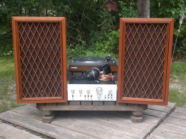 Photo 1970s Vintage Pioneer Stereo System - $450 (Ottertail)