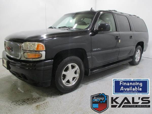 Photo 2006 GMC Yukon XL Denali 4dr 1500 AWD - $5890 (Wadena)