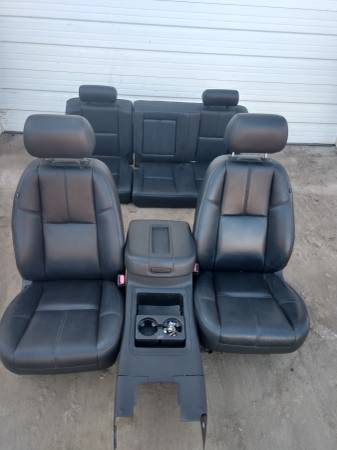 Photo 2007-2013 CHEVY SILVERADO CREW CAB DARK LEATHER SEATS WITH CONSOLE - $700 (30 Miles East of Fargo)
