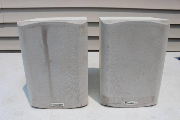 Photo 2 PARADIGM MICRO V.3 Bookshelf Speakers Stereo Great Sound, Small Box - $35 (S Fargo)