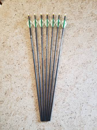 Photo 7 Custom Built Diamond Archery Youth Carbon Arrows - $35 (Harwood, ND)