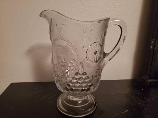 Photo Admiral Davey vintage us navy glass pitcher - $16 (Fargo)
