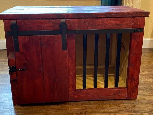 Photo Barn Door Dog Kennel - $275 (Fargo Moorhead)