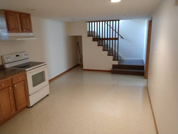 Photo For Rent Sleeping Rooms (Grand Forks near UND)