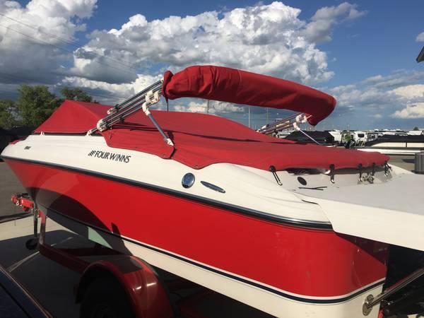 Photo Fourwinns H180 Boat - $17,000 (Fargo)