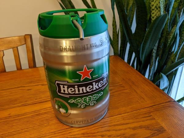 Photo Heineken 5L Mini Keg Tapvat Steel Beer Can Empty Draught Keg Steunk - $20 (West Fargo, ND)