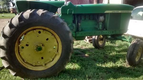 Photo John Deere Parts 4020 3020 4520 4010 3010 Tractor part JD (Mooreton ND)