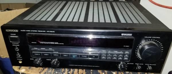 Photo KENWOOD VR-6040 5.1 SURROUND SOUND 100 WATTS A CHANNEL - $45 (FARGO)
