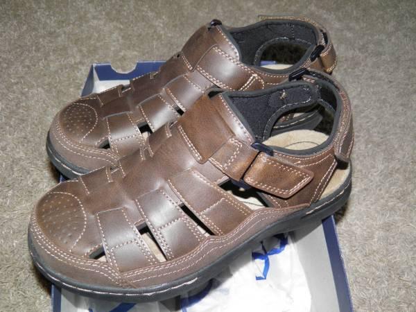 Photo Mens Croft  Barrow Ortholite Brown Sandals Size 8 New - $25 (West Fargo)