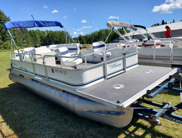 Photo Nice 2005 2039 FISH and CRUISE Pontoon Boat w 50 HP EFI 4-STROKE Motor - $10,900 (Remer, MN)