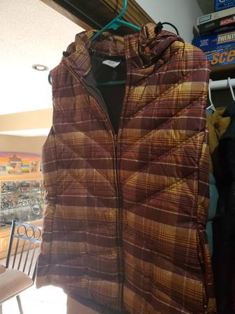Photo Patagonia vest - $75 (Moorhead)
