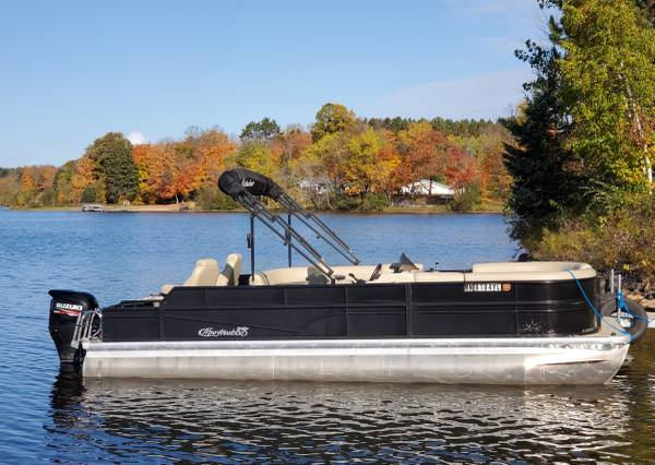 Photo Pontoon Boat Rentals with Deliveries and Pick-Ups for Reasonable Rates - $200 (North Central Minnesota)