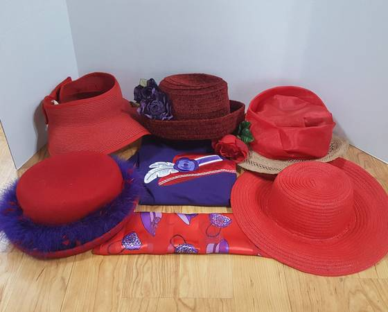 Photo Red Hat Lady Starter Kit - $15 (Moorhead)