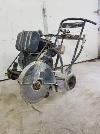 Photo Walk Behind Concrete Saw - $475 (Harwood)