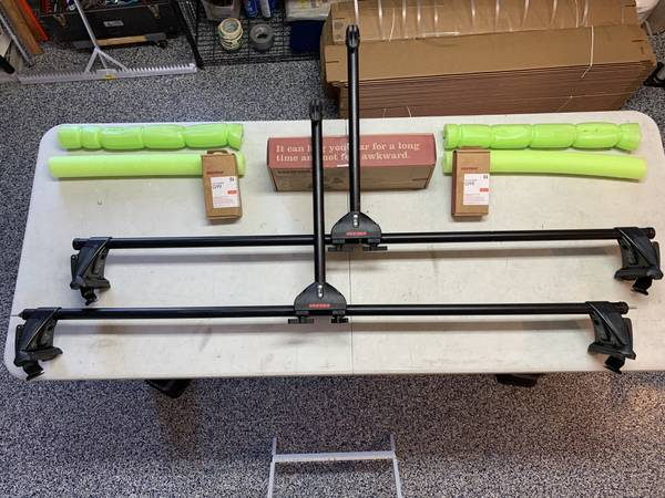 Photo Yakima Roof Rack wKayak Attachment - $149 (Fergus Falls)