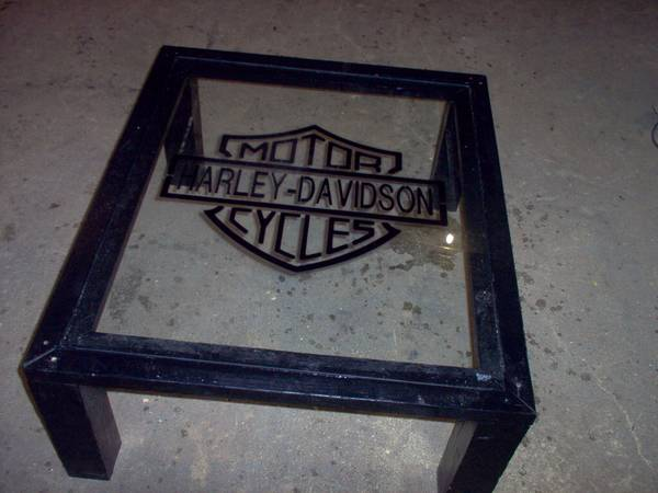 Photo black harley davidson coffee table - $150 (new york mill,mn.)