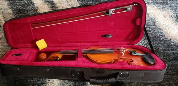 Photo 14 Mendini by Cecilio Violin - $100 (east mountains)
