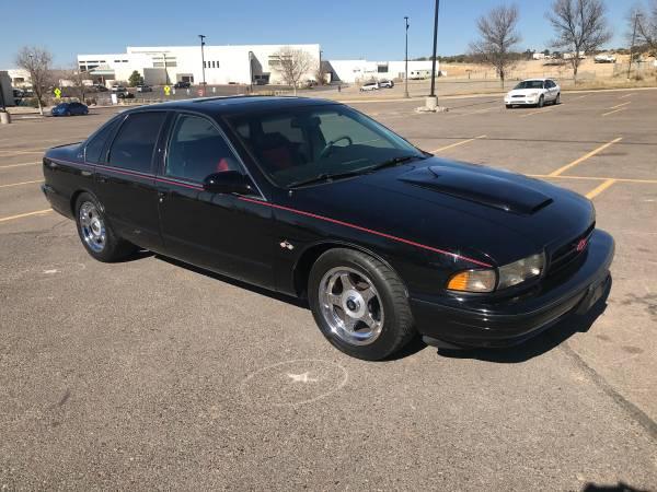 Photo 1995 Chevy Impala SS - $11,000 (Farmington)