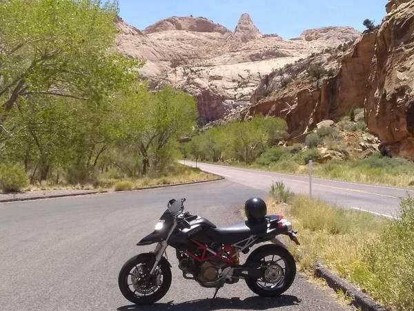 Photo 2008 Ducati 1100 Hypermotard - $5,500 (Junction)