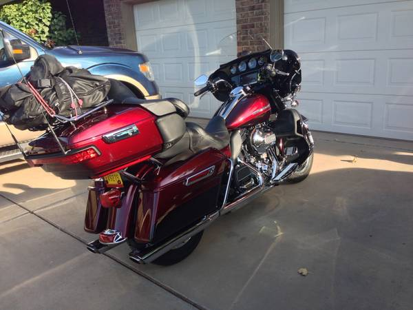 Photo 2014 Harley Davidson Ultra Classic - $12,750 (Farmington)