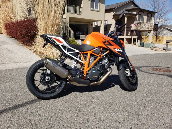 Photo 2015 KTM 1290 SuperDuke R - $9,999 (Grand Junction)