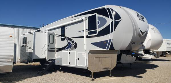 Photo 2021 Arctic Fox 35-5Z - $66,900 (RV Sales Moriarty, NM)