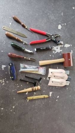 Photo Barely used leatherworking tools - $380 (Aztec)