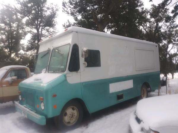 Photo Parting Out 1977 Chevy Step Van w Cummins 4bt - $5500 (Mariano Lake)