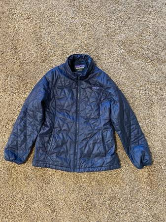 Photo Patagonia nano puff youth coat - $50 (Farmington, NM)