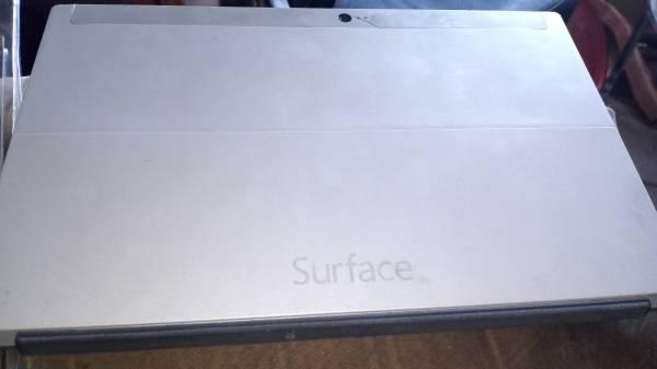 Photo Surface windows rt 32 gb - $350 (Albuquerque)
