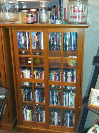 Photo Two Mission Style Shaker DVD Cabinets w DVD39s - $400 (Farmington Aztec)